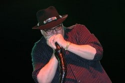 Julevideo: Blues Traveler – Comes A Time For Christmas