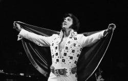 Elvis Presley – Sweet Caroline