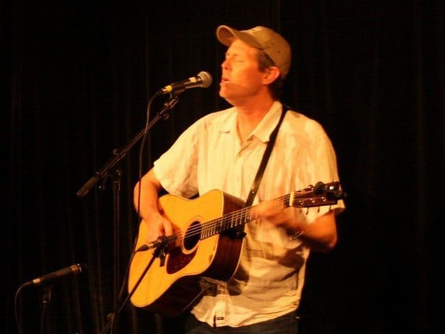 Robbie Fulks Logen Bar