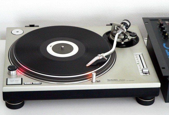 vinyl Technics_SL-1200MK2-2